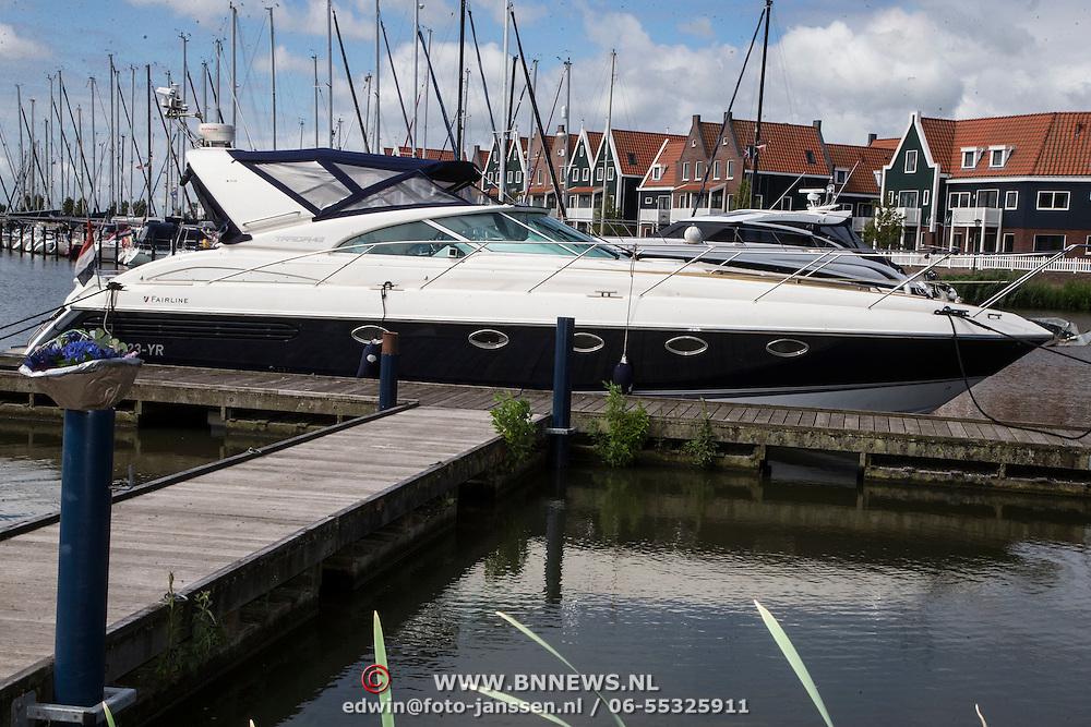 NLD/Volendam/20140620 -Presentatie 'Herinneringen' Dvd box Nick & Simon, boot Jaap Buijs
