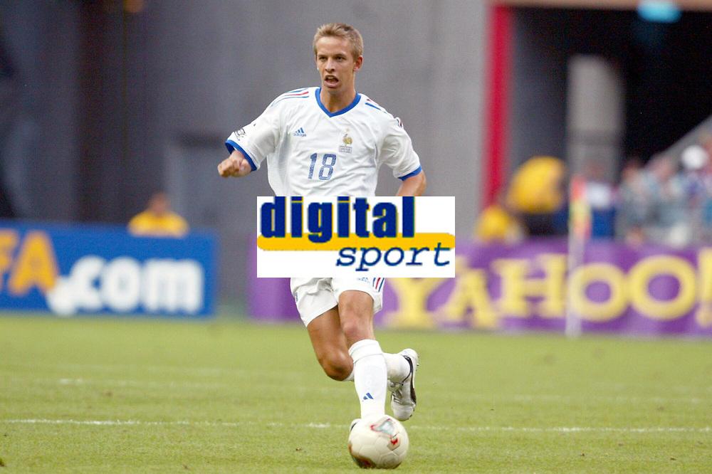 FOOTBALL - CONFEDERATIONS CUP 2003 - GROUP A - FRANKRIKE v NEW ZEALAND - 030622 - BENOIT PEDRETTI (FRA) - PHOTO STEPHANE MANTEY / DIGITALSPORT