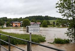 02.06.2013, Ager, Timelkam, AUT, Timelkam starke Regenfaelle, im Bild Gemeindegrenze Neukirchen und Timelkam. Starkregen sorgt derzeit vor allem in Tirol, Oberoesterreich und Salzburg für massive Überflutungen, Vermurungen und Hangrutsche // Heavy rain is currently making, especially in Tyrol, Upper Austria and Salzburg for massive flooding, mudslides and landslides, Timelkam, Austria on 2013/06/02. EXPA Pictures © 2013, PhotoCredit: EXPA/ Roland Hackl