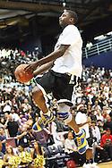 Dorell Wright of the Goldan State Warriors dunks pregame.
