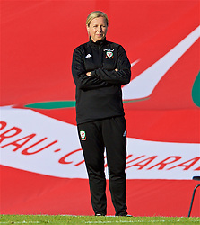 NEWPORT, WALES - Tuesday, June 12, 2018: Wales' manager Jayne Ludlow during the FIFA Women's World Cup 2019 Qualifying Round Group 1 match between Wales and Russia at Newport Stadium. (Pic by David Rawcliffe/Propaganda)