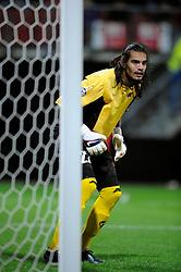 25-11-2009 VOETBAL: AZ - OLYNPIACOS<br /> Door het gelijke spel 0-0 in AZ uitgeschakeld in de Champions League / Sergio Romero<br /> ©2009-WWW.FOTOHOOGENDOORN.NL