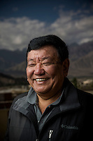 Ladakh 2016 Dr Sanduk Ruit and Tilganga Outreach team perform sight restoring surgery to thirty year old Thinles Lamo.