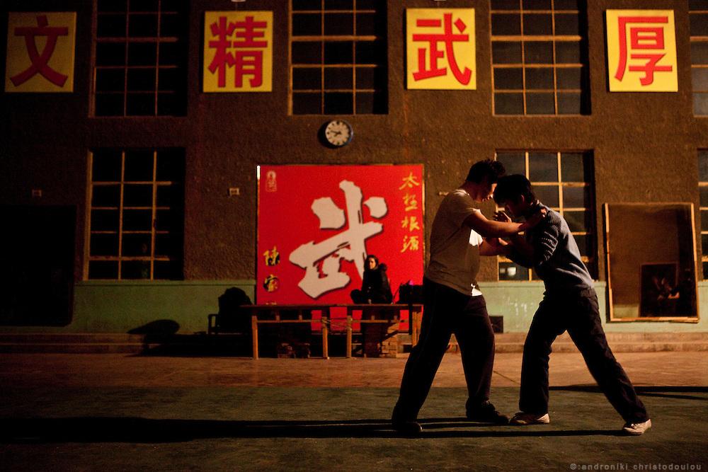 Evening trainning is Taijiquan wrestling at the Chenjiagou Taijiquan School