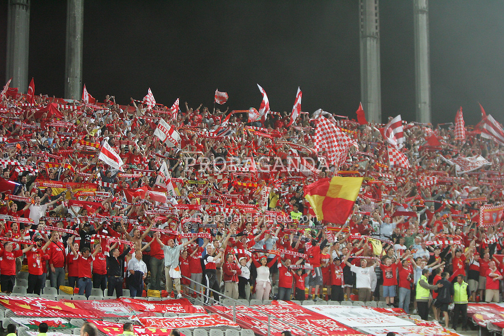 ISTANBUL, TURKEY - WEDNESDAY, MAY 25th, 2005: Liverpool fans during the UEFA Champions League Final Liverpool against AC Milan at the Ataturk Olympic Stadium, Istanbul. (Pic by David Rawcliffe/Propaganda)