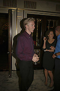 Philip Treacy, launch of The Bar at the Dorchester. Park Lane. London. 27 June 2006. ONE TIME USE ONLY - DO NOT ARCHIVE  © Copyright Photograph by Dafydd Jones 66 Stockwell Park Rd. London SW9 0DA Tel 020 7733 0108 www.dafjones.com