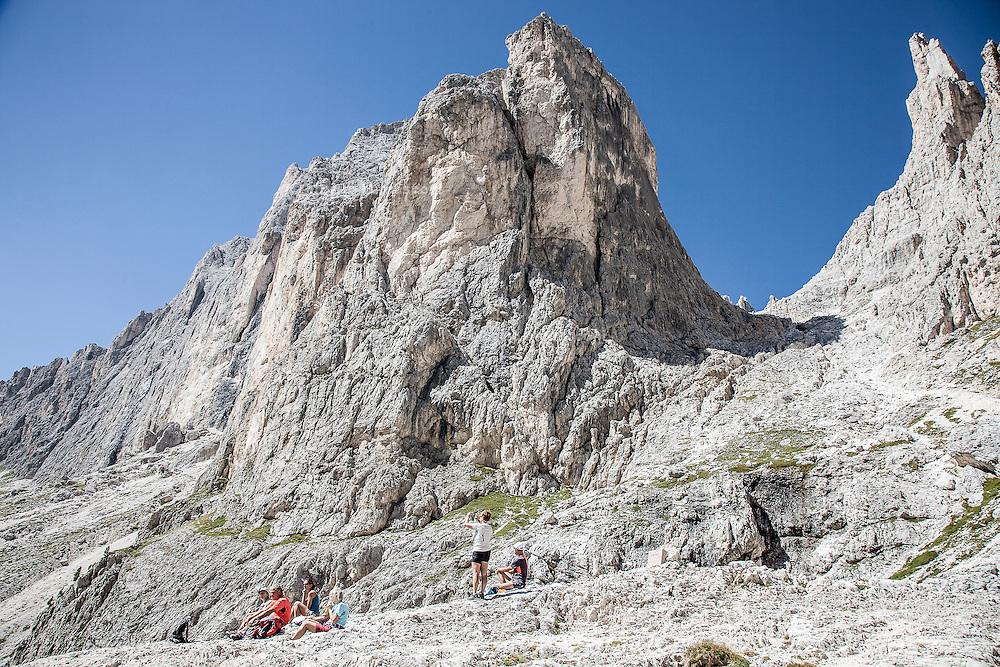 Trentino, Catinaccio nelle Dolomiti, nel territorio comunale di Vigo di Fassa, a 2.243 metri di