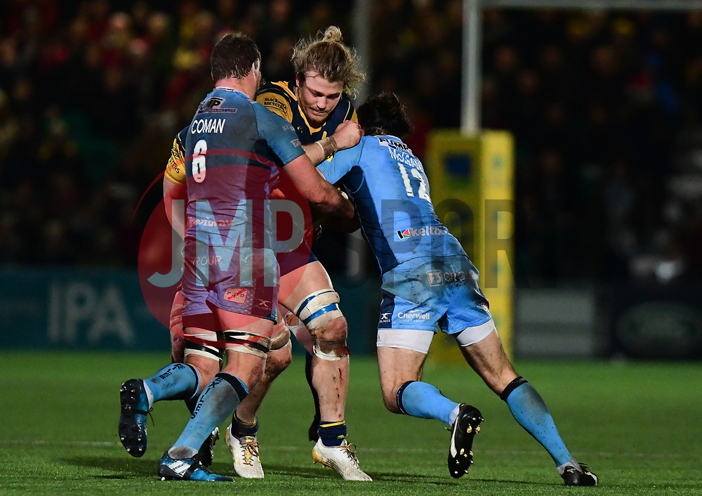 David Denton of Worcester Warriors goes into contact  - Mandatory by-line: Alex Davidson/JMP - 22/12/2017 - RUGBY - Sixways Stadium - Worcester, England - Worcester Warriors v London Irish - Aviva Premiership