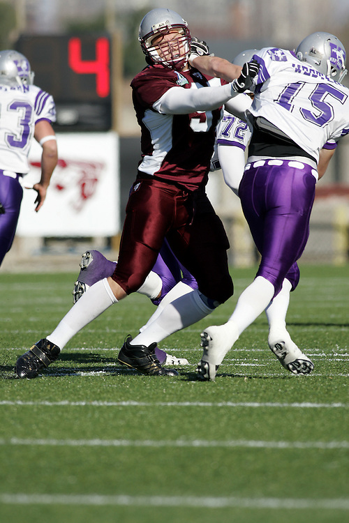 (3 November 2007 -- Ottawa) The University of Ottawa Gee Gees lost to the University of Western Ontario Mustangs 16-23 in OUA football semi-final action in Ottawa. The University of Ottawa Gee Gee player pictured in action is Tyler Dawe9\