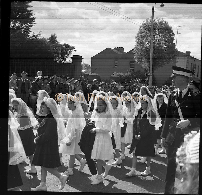 25/06/1958 <br /> 06/25/1958<br /> 25 June 1958<br /> <br /> Corpus Christi Procession, Dun Laoghaire