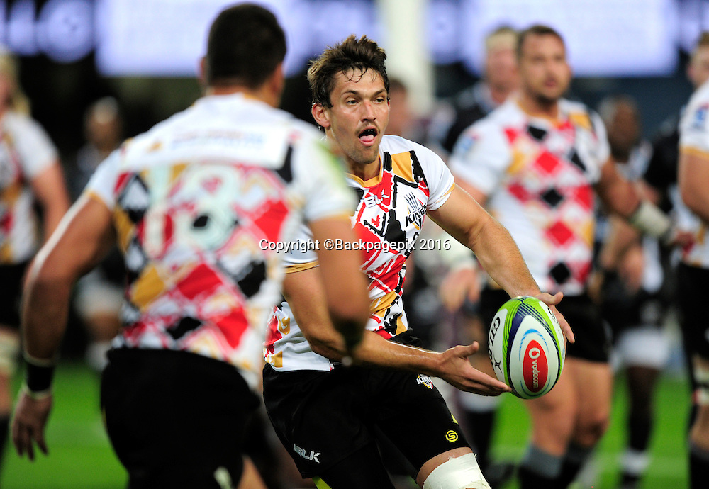 Louis Fouche of the Kings spreads the ball wide during the 2016 Vodacom Super Rugby game between the Sharks and the Kings at Kings Park Stadium,  on 21 May 2016 © Gerhard Duraan/BackpagePix