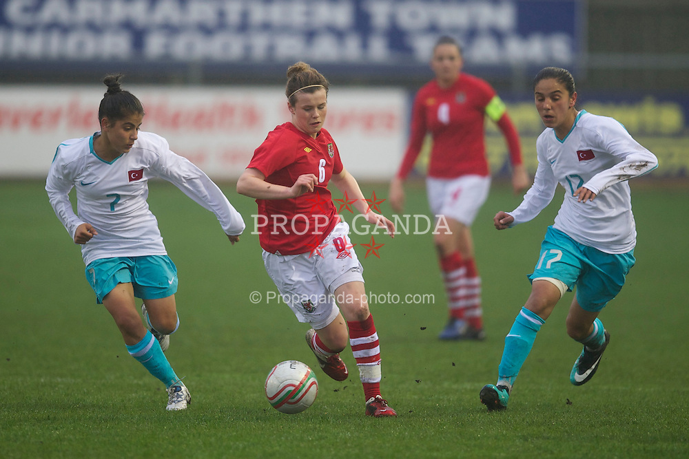 LLANELLI, WALES - Saturday, April 2, 2011: Wales' Hayley Ladd in action against Turkey during the UEFA European Women's Under-19 Championship Second Qualifying Round (Group 3) match at Richmond Park. (Photo by David Rawcliffe/Propaganda)