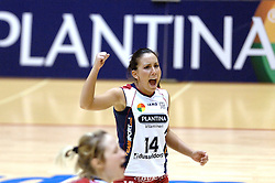 04-03-2006 VOLLEYBAL: FINAL 4 DAMES: AMVJ - PLANTINA LONGA: ROTTERDAM<br /> Longa was veel te sterk voor de dames uit Amstelveen (3-0) / Karen Augspurger<br /> Copyrights 2006 WWW.FOTOHOOGENDOORN.NL