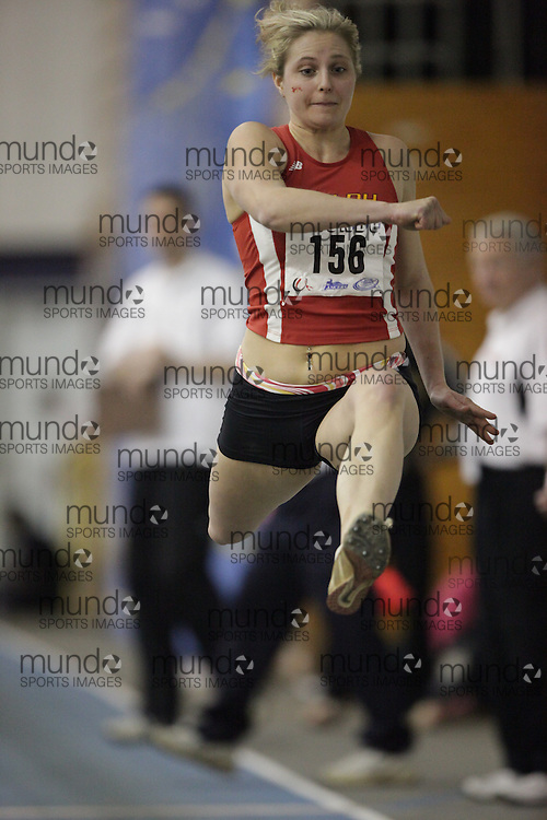 Windsor, Ontario ---14/03/09--- Desiree Garcon of  the University of Guelph competes in the triple jump at the CIS track and field championships in Windsor, Ontario, March 14, 2009..GEOFF ROBINS Mundo Sport Images