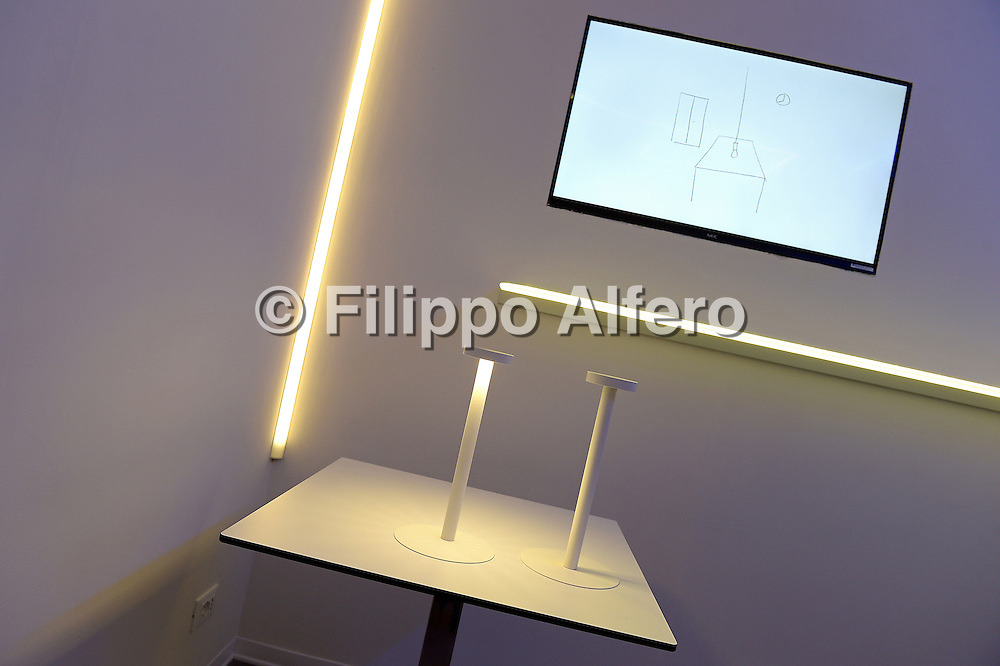 © Filippo Alfero<br /> Casa delle lampadine, presentazione Davide Groppi e ritratti<br /> Torino, 04/03/2015