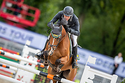 RÜDER Hans Thorben (GER), Commander 34<br /> Münster - Turnier der Sieger 2019<br /> Preis des EINRICHTUNGSHAUS OSTERMANN, WITTEN<br /> CSI4* - Int. Jumping competition  (1.45 m) - <br /> 1. Qualifikation Mittlere Tour<br /> Medium Tour<br /> 02. August 2019<br /> © www.sportfotos-lafrentz.de/Stefan Lafrentz