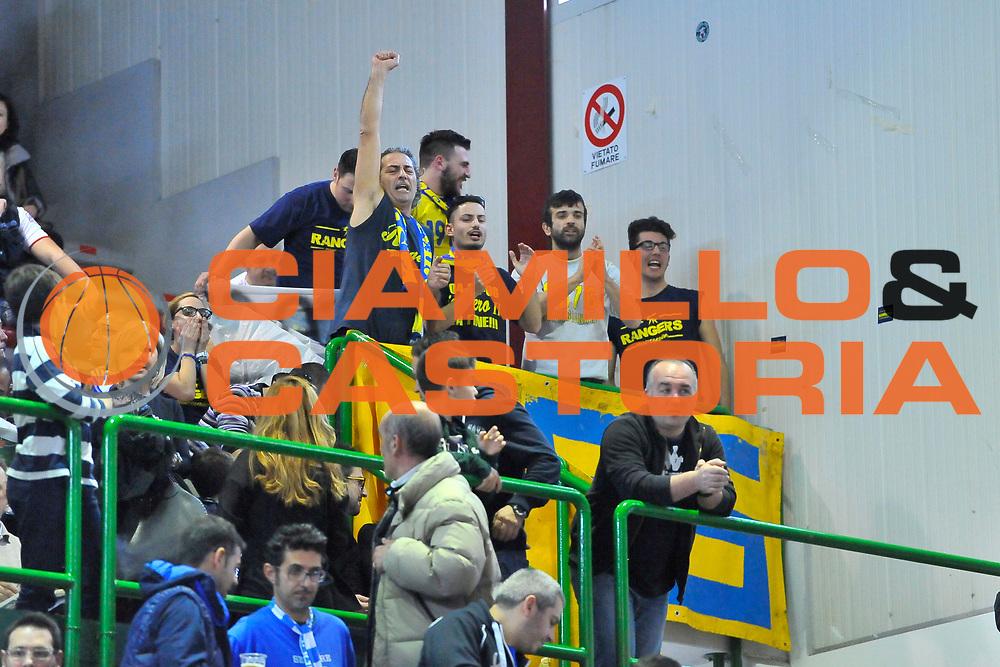 DESCRIZIONE : Campionato 2013/14 Dinamo Banco di Sardegna Sassari - Sutor Montegranaro<br /> GIOCATORE : Sutor Rangers<br /> CATEGORIA : Pubblico Palazzetto<br /> SQUADRA : Sutor Montegranaro<br /> EVENTO : LegaBasket Serie A Beko 2013/2014<br /> GARA : Dinamo Banco di Sardegna Sassari - Sutor Montegranaro<br /> DATA : 30/03/2014<br /> SPORT : Pallacanestro <br /> AUTORE : Agenzia Ciamillo-Castoria / Luigi Canu<br /> Galleria : LegaBasket Serie A Beko 2013/2014<br /> Fotonotizia : Campionato 2013/14 Dinamo Banco di Sardegna Sassari - Sutor Montegranaro<br /> Predefinita :