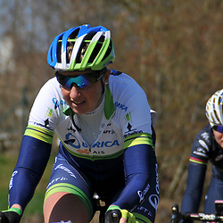 05-04-2015: Wielrennen: Ronde van Vlaanderen vrouwen: Belgie<br /> OUDENAARDE (BEL) cycling<br /> The 3th race in the UCI womens World Cup is the 12th edition of the Ronde van Vlaanderen. The race distance is 145 km with 12 Climbs and 5 zones of Cobbles.<br /> Loes Gunnewijk passage Haaghoek