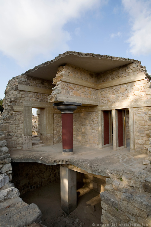 The archeological site of Knosos palace that used to be the center of Minoan civilization about 2000 years BC.