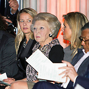 Uitreiking van de Prins Claus Prijs 2014 n het Koninklijk Paleis in Amsterdam.<br /> <br /> Presentation of the Prince Claus Award in 2014 n the Royal Palace in Amsterdam.<br /> <br /> op de foto / On the photo: <br />   koningin Maxima, prinses Beatrix, prinses Mabel, /// Queen Maxima, Princess Beatrix, Princess Mabel,