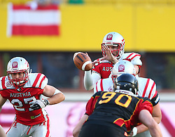 07.06.2014, Ernst Happel Stadion, Wien, AUT, American Football Europameisterschaft 2014, Finale, Oesterreich (AUT) vs Deutschland (GER), im Bild Andreas Hofbauer, (Team Austria, RB, #27) und Christoph Gross, (Team Austria, QB, #8) // during the American Football European Championship 2014 final game between Austria and Denmark at the Ernst Happel Stadion, Vienna, Austria on 2014/06/07. EXPA Pictures © 2014, PhotoCredit: EXPA/ Thomas Haumer