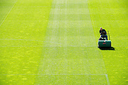 Rotterdam. 02-04-2011. Terreinmeesters Remy de Milde en Abdoel Boutahar verzorgen het veld van De Kuip, het stadion van Feyenoord. Greenkeepers Remy de Milde and Abdoel Boutahar working at stadium 'De Kuip', home of Feyenoord. COPYRIGHT GERRIT DE HEUS