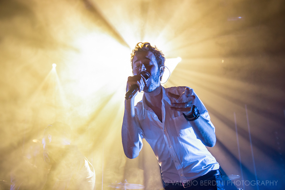 Tom Smith of Editors live at the Cambridge Junction on 21 October 2015