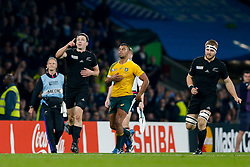 New Zealand Full Back Ben Smith celebrates at the final whistle after New Zealand win the match 34-17 to become 2015 World Cup Champions - Mandatory byline: Rogan Thomson/JMP - 07966 386802 - 31/10/2015 - RUGBY UNION - Twickenham Stadium - London, England - New Zealand v Australia - Rugby World Cup 2015 FINAL.