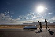 In de vroege ochtend worden de kwalificaties gereden. In de buurt van Battle Mountain, Nevada, strijden van 10 tot en met 15 september 2012 verschillende teams om het wereldrecord fietsen tijdens de World Human Powered Speed Challenge. Het huidige record is 133 km/h.<br /> <br /> Near Battle Mountain, Nevada, several teams are trying to set a new world record cycling at the World Human Powered Vehicle Speed Challenge from Sept. 10th till Sept. 15th. The current record is 133 km/h.