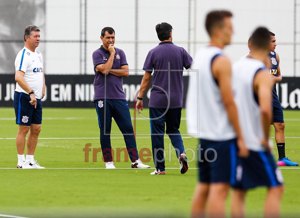 Os jogadores do Corinthians durante o treino na manha desta segunda feira 13 no CT Joaquim Grava zona Leste de São Paulo Foto Marcelo D. Sants/FramePhoto.