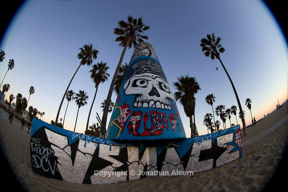 Venice Beach boardwalk and bike path photographed with a fisheye lens..photo by Jonathan Alcorn.