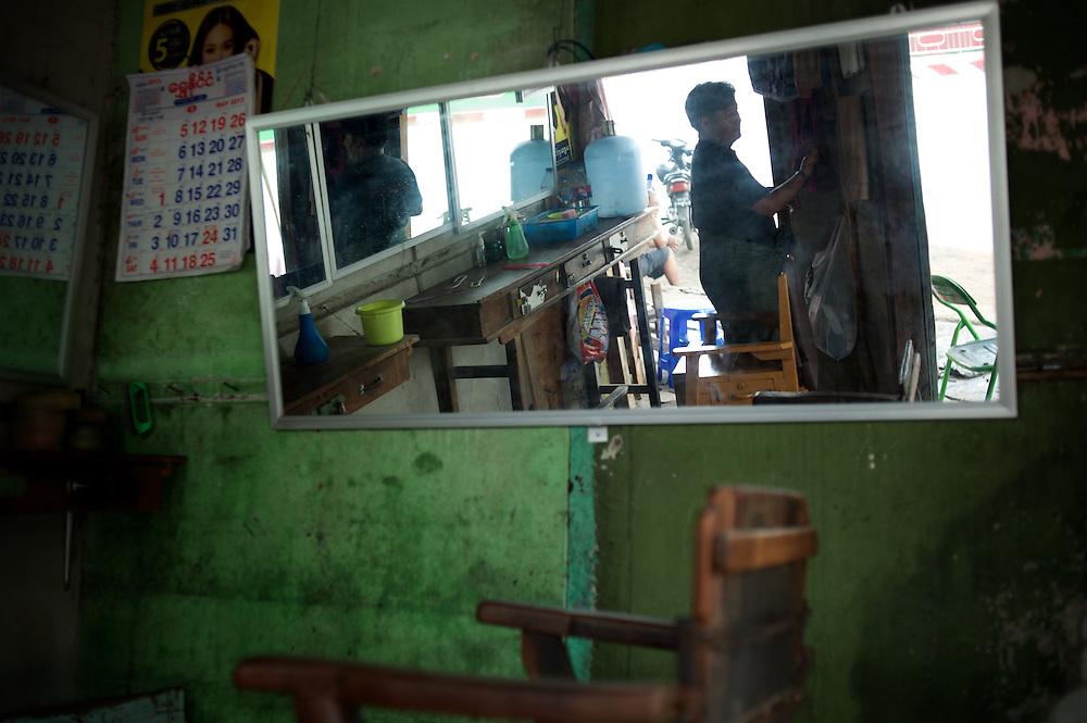 May 15, 2013 - Meiktila, Myanmar: A barber shop in a residential neighbourhood severely destroyed by anti-muslim violence in Meiktila, central Myanmar. CREDIT: Paulo Nunes dos Santos