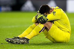 Lukasz Fabianski of West Ham United sits on the floor cutting a dejected figure after picking up an injury- Mandatory by-line: Robbie Stephenson/JMP - 10/01/2020 - FOOTBALL - Bramall Lane - Sheffield, England - Sheffield United v West Ham United - Premier League