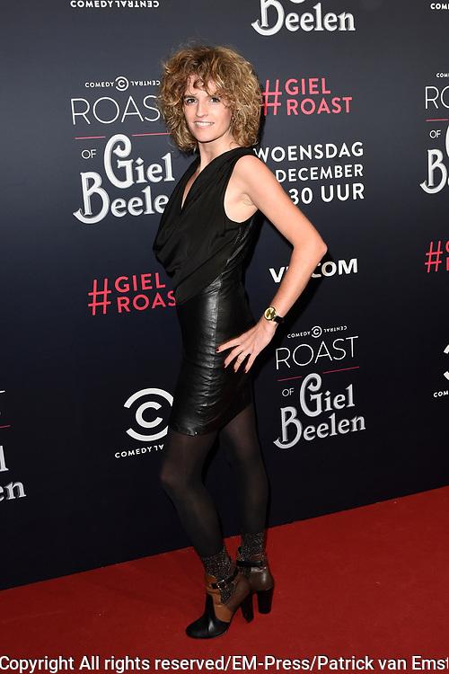 Rode loper Roast of Giel.  In het programma van Comedy Central is een bekende Nederlander een avond lang het onderwerp van harde grappen.<br /> <br /> Op de foto:  Carolien Borgers