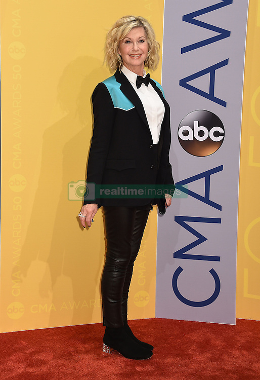 Olivia Newton-John bei den 50. Country Music Awards in Nashville / 021116<br /> <br /> *** Country Music Awards 2016, Nashville, USA, November 2, 2016 ***