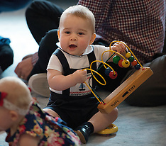 Wellington-Royal Visit, Meeting with Plunket play group (POOL)