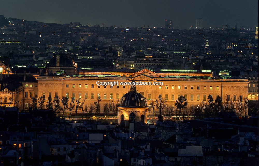 France. Paris. 6th district. Elevated view. The institut de  and the Louvre museum, view from Saint Sulpice Bell's tower