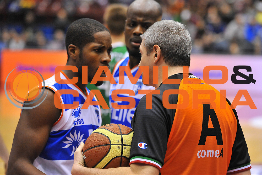 DESCRIZIONE : Milano Final Eight Coppa Italia 2014 Semifinale Enel Brindisi - Montepaschi Siena<br /> GIOCATORE : Luigi Lamonica<br /> CATEGORIA : Fair Play<br /> SQUADRA : Enel Brindisi <br /> EVENTO : Final Eight Coppa Italia 2014 Milano<br /> GARA : Enel Brindisi - Montepaschi Siena<br /> DATA : 08/02/2014<br /> SPORT : Pallacanestro <br /> AUTORE : Agenzia Ciamillo-Castoria / Luigi Canu<br /> Galleria : Final Eight Coppa Italia 2014 Milano<br /> Fotonotizia : Milano Final Eight Coppa Italia 2014 Semifinale Enel Brindisi - Montepaschi Siena<br /> Predefinita :