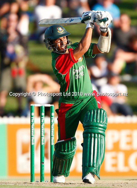 Bangladeshi batsman Mohammad Ashraful. KFC Twenty20, New Zealand Blackcaps v Bangladesh, Seddon Park, Hamilton. Wednesday 3rd February 2010. Photo: Simon Watts/PHOTOSPORT