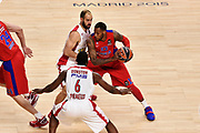 DESCRIZIONE : Madrid Eurolega Euroleague 2014-15 Final Four Semifinal Semifinale Cska Moscow Olympiacos Piraeus Athens Cska Mosca Olympiacos Atene <br /> GIOCATORE : Sonny Weems<br /> SQUADRA : CSKA Mosca<br /> CATEGORIA : palleggio blocco difesa<br /> EVENTO : Eurolega 2014-2015<br /> GARA : Cska Mosca Olympiacos Atene<br /> DATA : 15/05/2015<br /> SPORT : Pallacanestro<br /> AUTORE : Agenzia Ciamillo-Castoria/GiulioCiamillo<br /> Galleria : Eurolega 2014-2015<br /> DESCRIZIONE : Madrid Eurolega Euroleague 2014-15 Final Four Semifinal Semifinale Cska Moscow Olympiacos Piraeus Athens Cska Mosca Olympiacos
