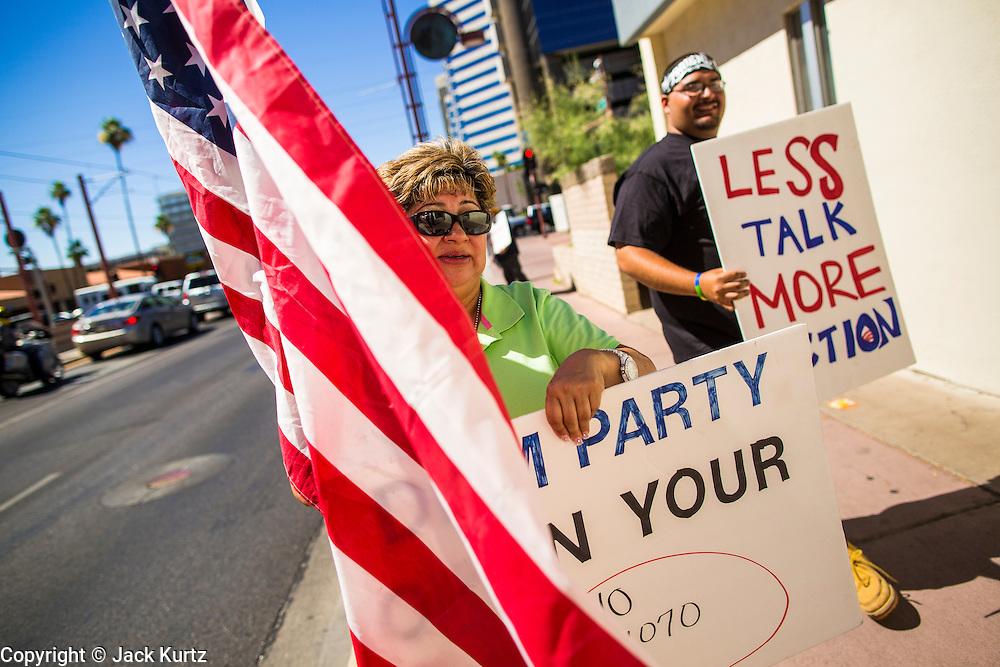 08 JUNE 2012 - PHOENIX, AZ:       PHOTO BY JACK KURTZ