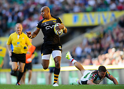 Wasps Winger (#11) Tom Varndell  in action during the first half of the match - Photo mandatory by-line: Rogan Thomson/JMP - Tel: Mobile: 07966 386802 07/09/2013 - SPORT - RUGBY UNION - Twickenham Stadium - London Wasps v Harlequins - Aviva Premiership - London Double Header.