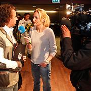NLD/Hilversum/20101124 - Uitreiking boek 50 jaar Edison, de geschiedenis van de Muziekprijs, marco borsato word geinterviewd door Wakker Nederland ploeg