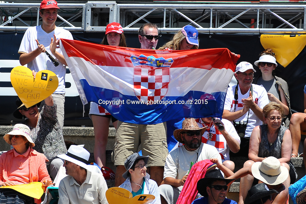 Fans of Ana Konjuh from Croatia on Day 3 of the ASB Classic Women's International. ASB Tennis Centre, Auckland, New Zealand. Wednesday 7 January 2015. Copyright photo: Chris Symes/www.photosport.co.nz