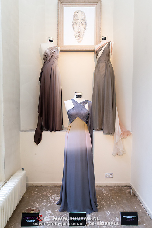 NLD/Amsterdam/20170920 - Mart Visser 20 jaar mode - The Artesia, jurken van Mart Visser
