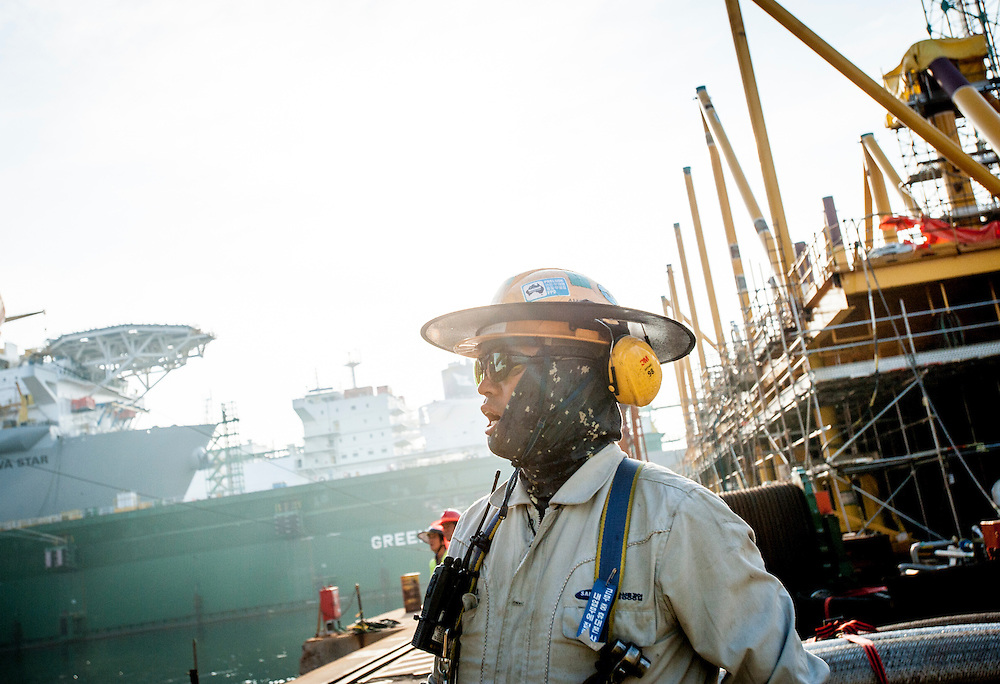 Valemon sail away at the Samsung Shipyard on Geoje Island in South Korea on Sunday, June 15, 2014. (Ben Weller/AP/Statoil)