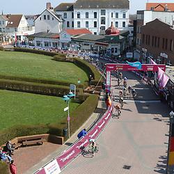 10-04-2016: Wielrennen: Energiewachttour vrouwen: Borkum  <br />BORKUM (GER) wielrennen  De slotetappe van de Energiewachttour was een etappe op het Duitse Waddeneiland Borkum. Passage finish