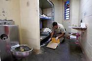 VERENIGDE STATEN-PHOENIX-De Chaingang. COPYRIGHT GERRIT DE HEUS, UNITED STATES-PHOENIX,AZ-The Chaingang. Photo: Gerrit de Heus