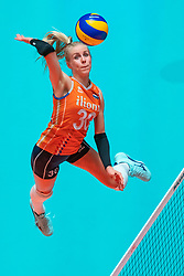 29-05-2019 NED: Volleyball Nations League Netherlands - Bulgaria, Apeldoorn<br /> Anniek Siebring #30 of Netherlands