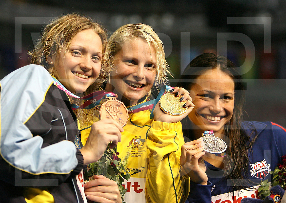 12th Fina World Swimming Championships Melbourne, 2007, 27th March. Leisel Jones Australia Tara KirkUSA and Anna Khlistunova Ukrane, 100m breatstroke..fotografie: frank uijlenbroek©2007Grant Treeby ..
